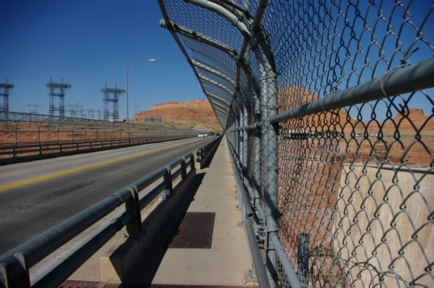 The bridge across Glen Canyon.