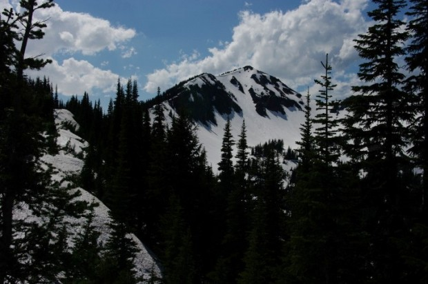 Dege Peak, an easy hike with amazing views. Easy when it's not 98% snow-covered, that is.